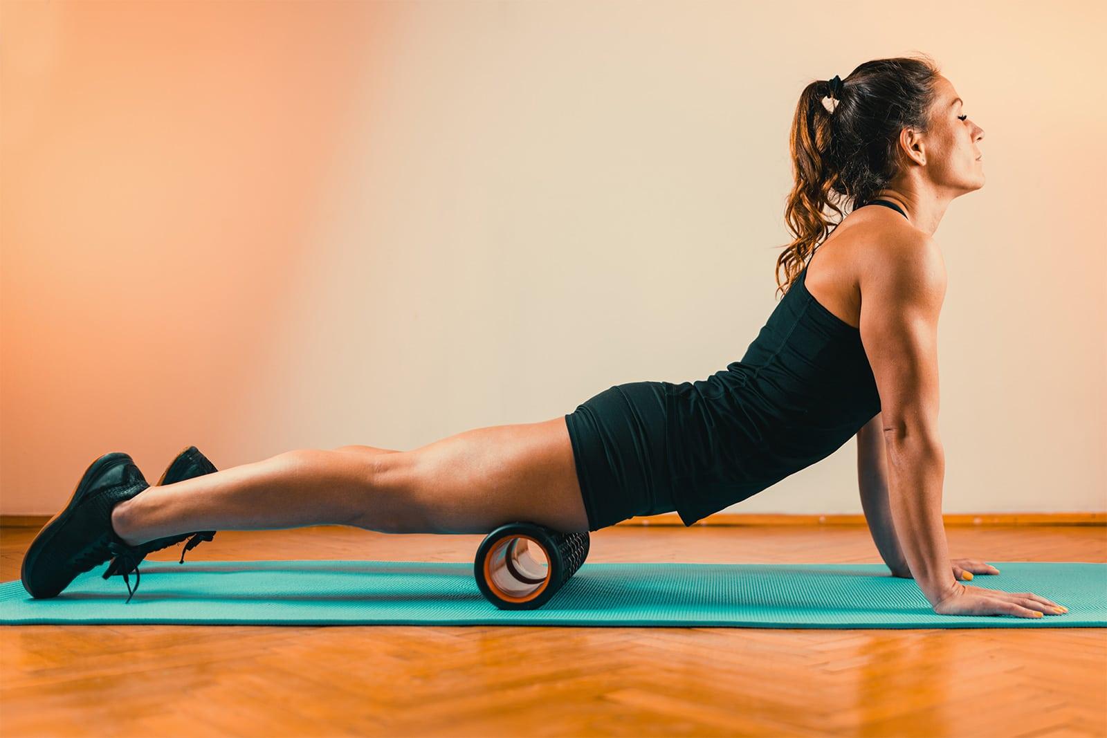 foam roller femme quadriceps