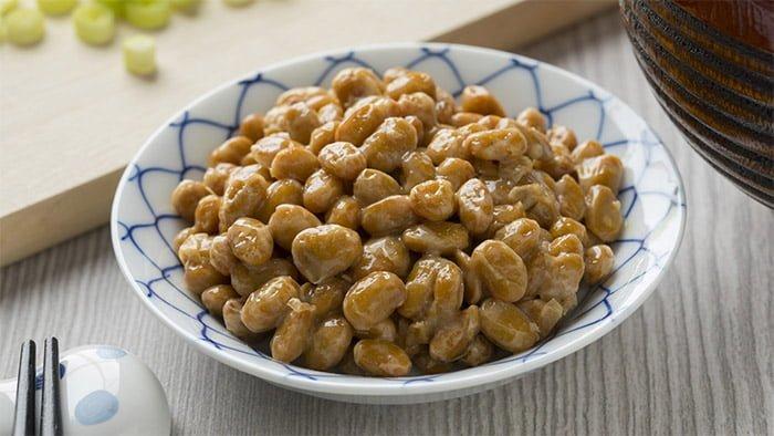 Nattō graines soja fermenté