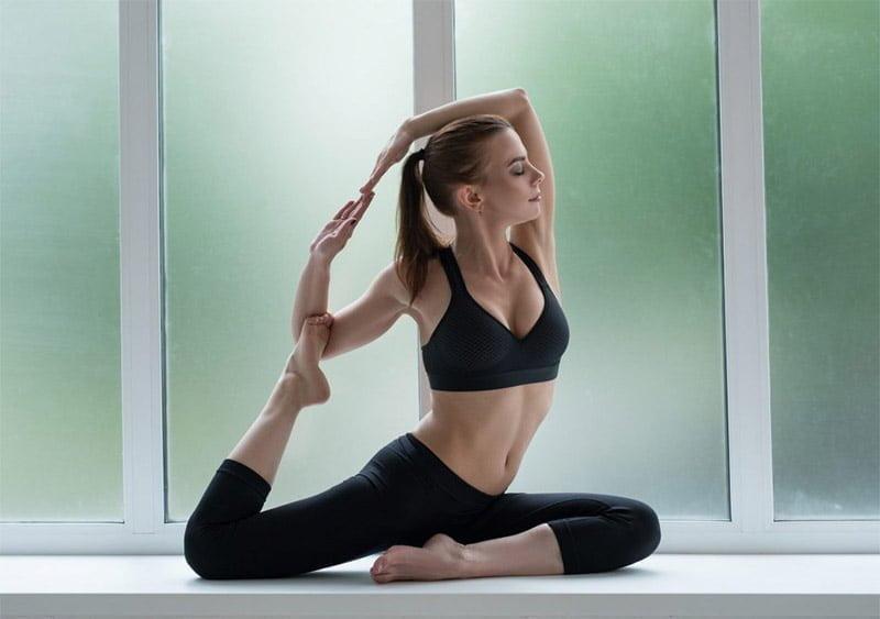 Posture de la sirène yoga